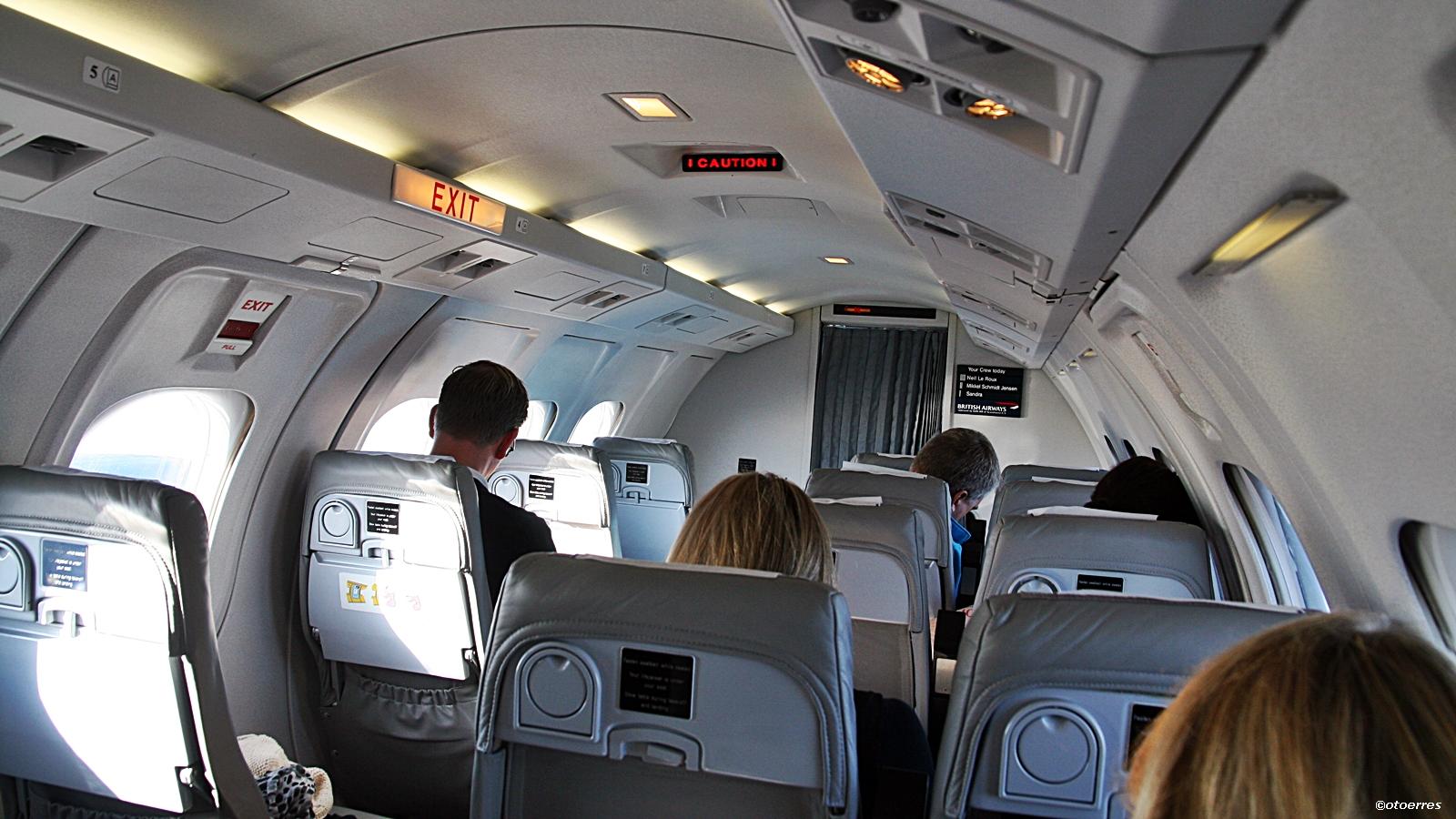 American Airlines AA KAYAK